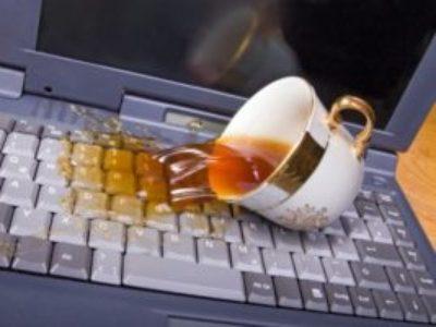 Что делать, если ноутбук залили водой?